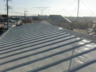 2015/01/19昭島市緑町アパートトタン屋根塗装工事